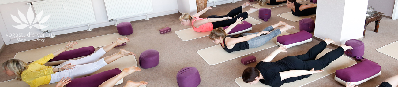 yogastudio-varuna-hanau-aschaffenburg-kurse-studio-yogakurs-7